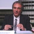 """Ottima l'idea riproposta oggi sul """"Corriere della Sera"""" dal costituzionalista Michele Ainis (nella foto): il governo Monti, visto che Napolitano dà ragione a Grillo e lo conferma nella pienezza dei […]"""