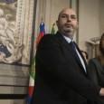 di Barbara Collevecchio. Beppe Grillo ha catapultato in parlamento personaggi arroganti e saccenti come la Lombardi, un gaffeur come quel buontempone di Giarrusso ( secondo cui l'inciucio Pd/Pdl è evidente […]